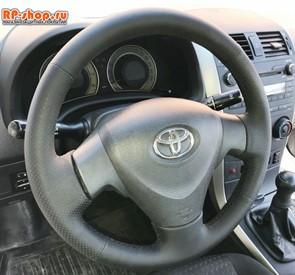 Оплетка на руль включая спицы для Toyota Corolla X 2006-2012 можно выбрать цвет нити
