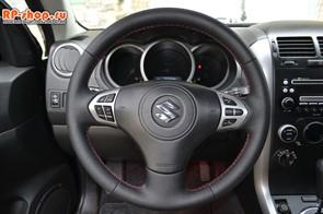 Оплетка на руль включая спицы для Suzuki Grand Vitara 2007-2013 г.в. можно выбрать цвет нити